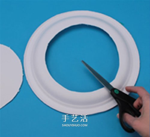 餐盘废物利用小制作 DIY成海底世界装饰品 -  www.shouyihuo.com