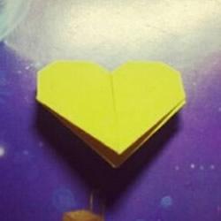 爱心书签怎么折图解 手工心形书签的折法教程