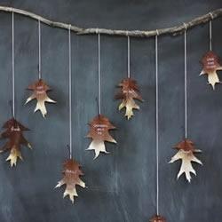 落叶挂饰怎么做图解 手工制作树叶装饰的方法