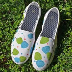 白色帆布鞋的改造方法 手绘改造白色帆布鞋