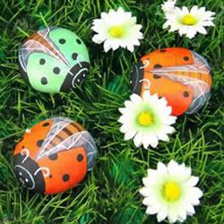 石头画七星瓢虫的教程 简单七星瓢虫石绘图解