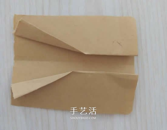 简单纸蝴蝶的折法步骤 怎么折蝴蝶的折叠方法 -  www.shouyihuo.com