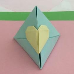 简单三角形纸盒的折法 带爱心锁的纸盒子折纸