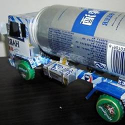 易拉罐手工制作油罐车模型的方法图解