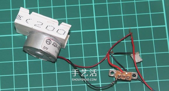 自制遥控火车的教程 遥控火车头模型DIY制作 -  www.shouyihuo.com