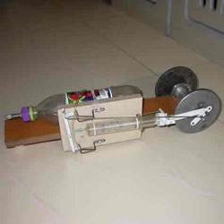 自制压缩空气动力车 空气动力汽车玩具制作