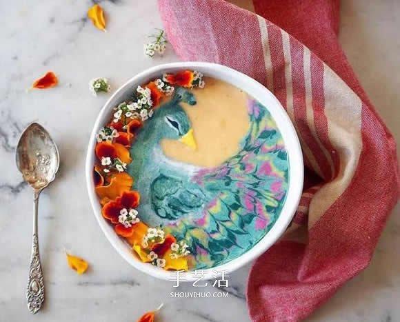 冰沙上作画 就像咖啡拉花般充满了文青味
