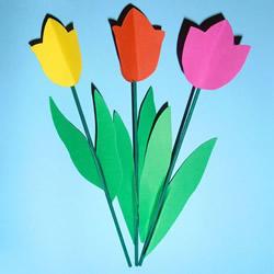 彩色卡纸做郁金香花 幼儿园手工制作郁金香