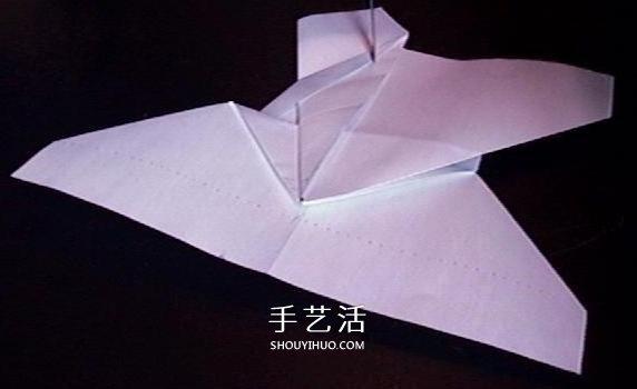 复仇者纸飞机的折法 折纸战斗机的详细图解