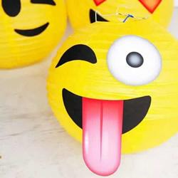 有趣笑脸灯笼的图片 手工笑脸符号灯笼作品