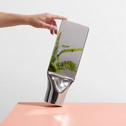 把钢管做成镜子 一体成型的极简工艺魅力