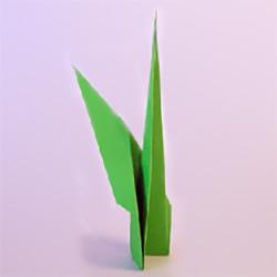 幼儿折纸竹笋的教程 手工简单笋的折法图解