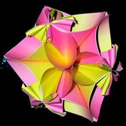四瓣花的折纸方法图解 六个组合成美丽花球