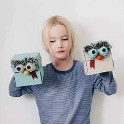 废纸盒做手偶的方法 简单做出可爱小怪物手偶