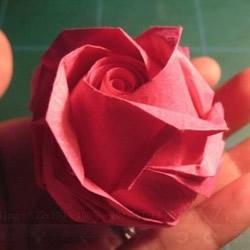 GG玫瑰花的折法图解 漂亮又详细玫瑰花折纸