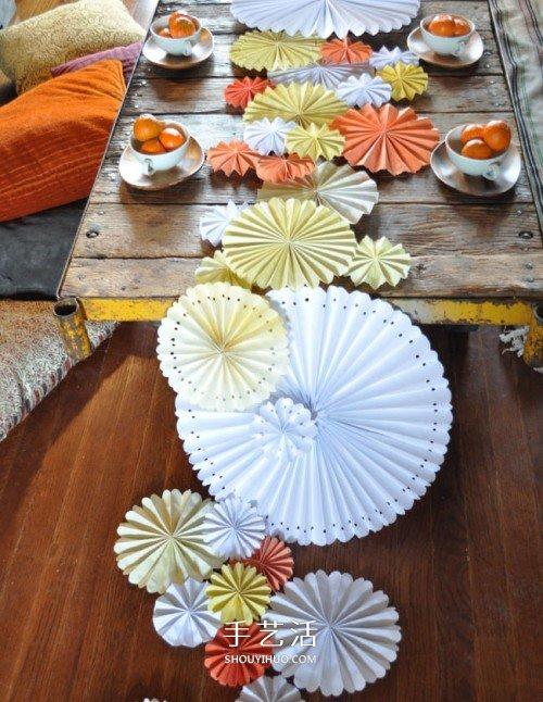 餐桌装饰纸花的做法 简单易学装饰花手工制作 -  www.shouyihuo.com