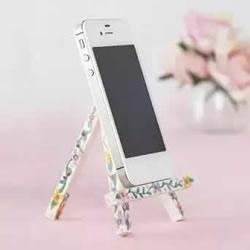 雪糕棍做手机支架图解 自制简易手机支架方法