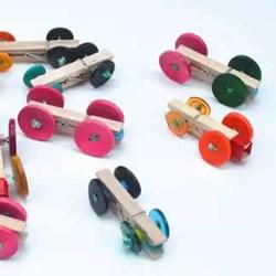 纽扣车轮小汽车制作 木夹子纽扣玩具车的做法