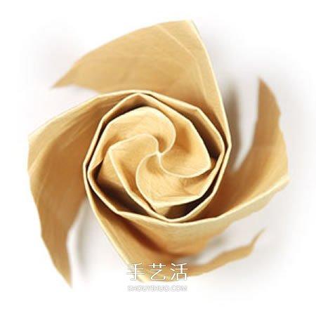 卷心玫瑰花的折纸步骤 手工卷心纸玫瑰的折法(3)