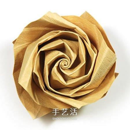 卷心玫瑰花的折纸步骤 手工卷心纸玫瑰的折法(5)