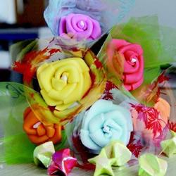 彩塑棉手工制作玫瑰花 自制彩塑棉玫瑰手捧花