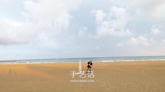 创意水火箭的做法图解 让可乐瓶一飞冲天! -  www.shouyihuo.com