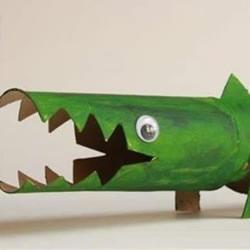 卫生纸筒制作小鳄鱼 幼儿卷纸筒鳄鱼的做法