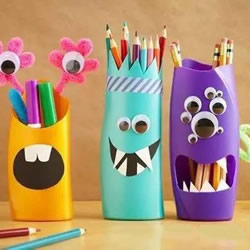 洗发水瓶废物利用做笔筒 沐浴液瓶DIY卡通笔筒