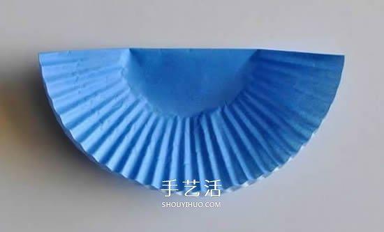 蛋糕纸圣诞树的做法 简单又可爱平面圣诞树DIY -  www.shouyihuo.com