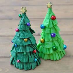 简单皱纹纸圣诞树做法 儿童自制圣诞树的教程