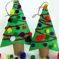 简单圣诞树挂饰的做法 用卫生纸筒做圣诞树