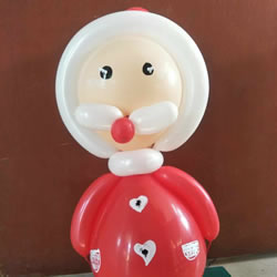 给孩子的圣诞礼物:手拿气球圣诞老人的做法