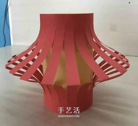 适合幼儿园小朋友 简单新年纸灯笼的制作方法 -  www.shouyihuo.com