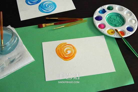 简单又漂亮!儿童水彩画玫瑰花贺卡的制作教程 -  www.shouyihuo.com