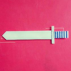 儿童折纸宝剑的图解 怎么折中国古代剑兵器