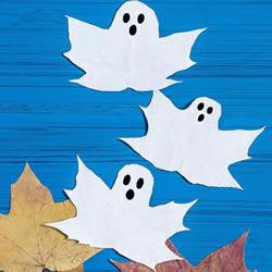 简单的万圣节幽灵制作 儿童做落叶幽灵的方法