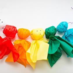 万圣节漂亮装饰DIY 利用彩纸制作可爱幽灵娃娃