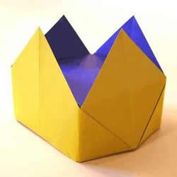 最简单儿童皇冠的折法 手工折纸四角皇冠图解