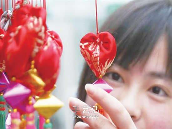 中国传统香包的做法 不织布DIY心形香包图解 -  www.shouyihuo.com
