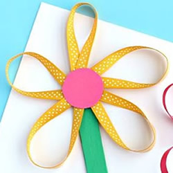 幼儿园缎带做花的教程 简单缎带花怎么做图解