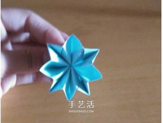 怎么折漂亮纸花 手工折纸八角星花的折法图解