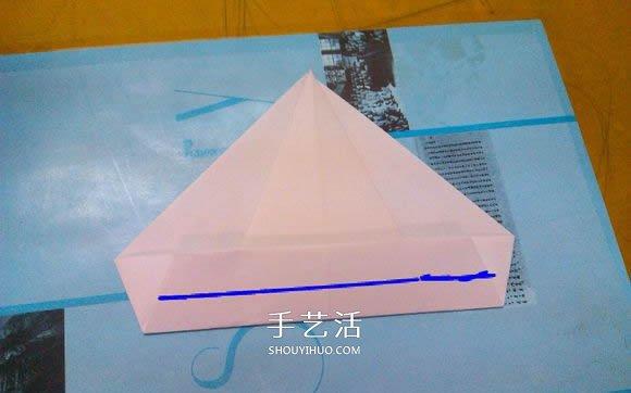 纸艺大全 折纸大全 折纸动物  再把最尖的角像上图那样折.