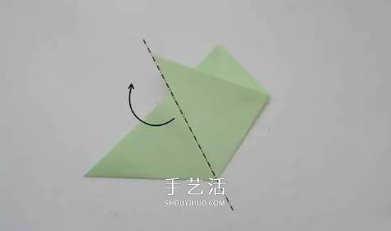 剪六角雪花的剪纸方法 雪花窗花怎么剪步骤图