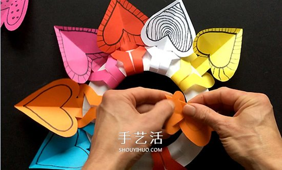 纸餐盘手工小制作 DIY漂亮的生日爱心花环挂饰 -  www.shouyihuo.com