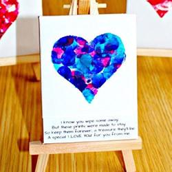 手指印画美丽爱心 浪漫情人节爱心卡片的做法