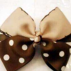 用两种颜色缎带 DIY制作双色蝴蝶结发卡图解