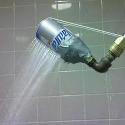 易拉罐DIY的淋浴头