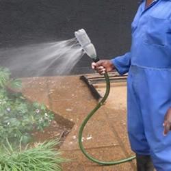 塑料瓶DIY简易浇水装置