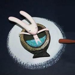 软陶手工DIY泡澡的长耳朵兔子