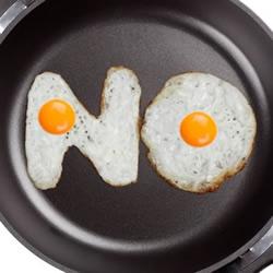 牛人煎蛋作品:煎出字母和数字荷包蛋
